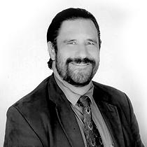 Dr. Alejandro Molina López